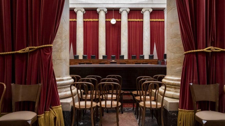 Opinie: Modificarea componenței Curții Supreme SUA este un joc periculos