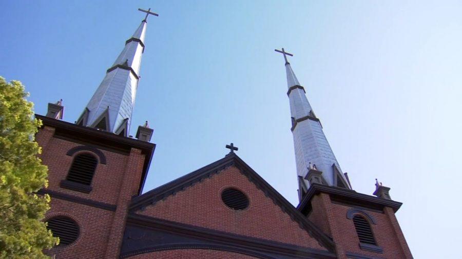 California ajunge la o înțelegere în procesele privind restricțiile COVID asupra serviciilor religioase