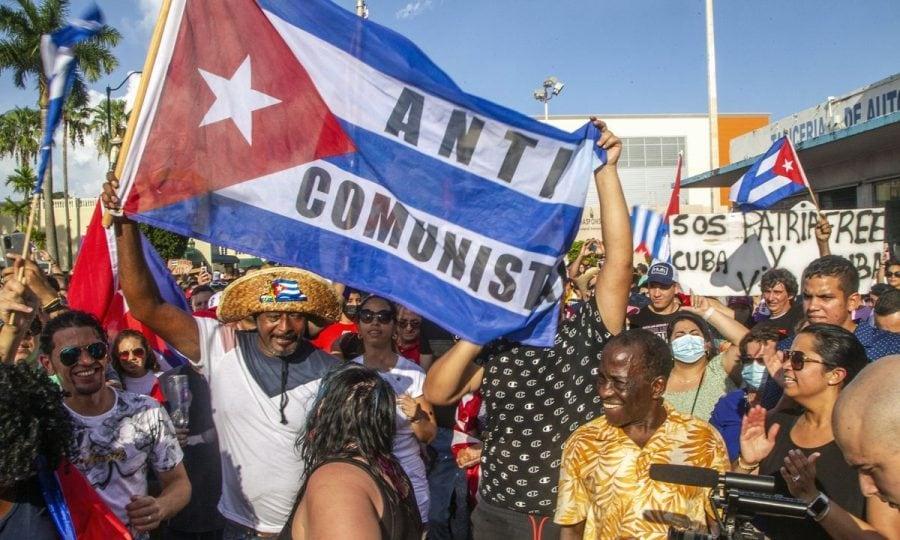 Opinie: Cum m-a învățat trecutul meu de cubanez să urăsc comunismul și să iubesc America