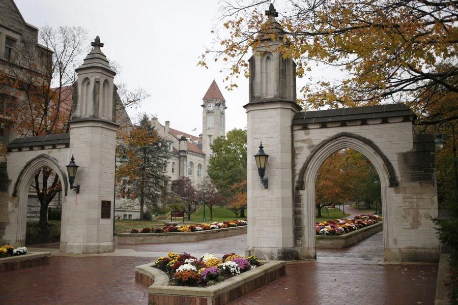Studenți de la Universitatea Indiana solicită Curții Supreme să anuleze vaccinarea obligatorie impusă de instituție