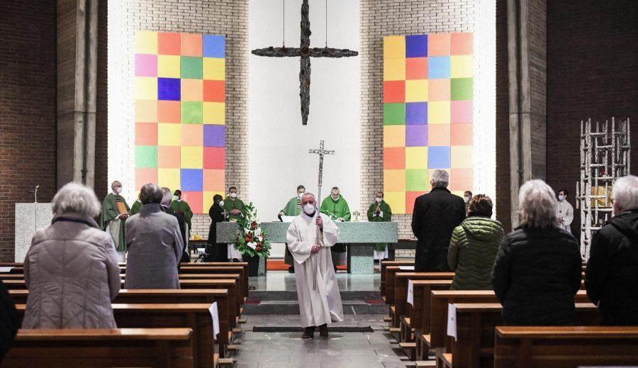 Sondaj: Majoritatea germanilor consideră religia ca lipsită de importanță