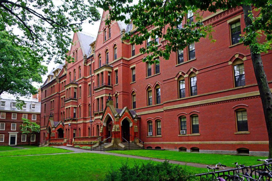 Când Universitatea Harvard angajează un ateu pe post de capelan șef