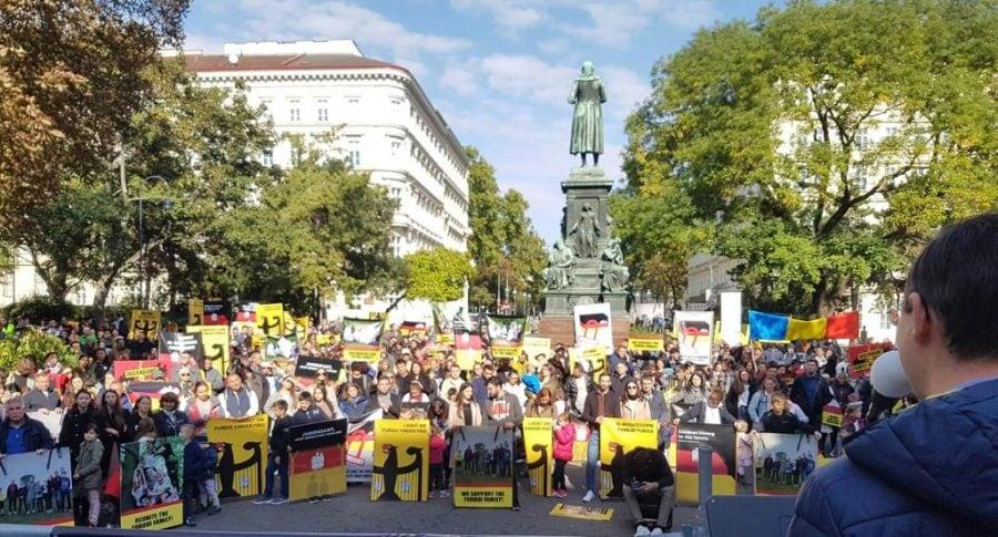 Furdui Case – Protest against Jugendamt in Vienna, Austria