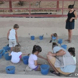 Fes d'arqueòleg per un dia! Taller d'excavació arqueològica simulada al Parc Arqueològic Experimental de Sant Llorenç de Montgai