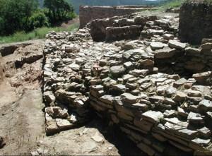Torre i muralla del Poblat Ibèric de Ca n'Oliver
