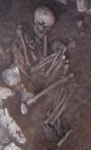 Una de les inhumacions excavades dins del túmul neolític de Vilanera