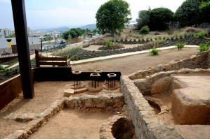 Vista de les restes museïtzades del celler romà de Vallmora. Foto: Leticia Sierra