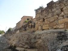 2. Muralla romanorepublicana i torre del carrer de la Torreta. Fotografia: Servei d'Arqueologia i Paleontologia
