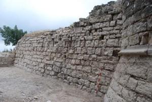 2. Torre nord i llenç de muralla del castell de Segur. Fotografia: Eduard Píriz