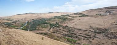 Kharaysin 1. Entorn del jaciment de Kharaysin (Jordania). Fotografia: Projecte Nahal Efe i Projecte Kharaysin