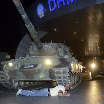 Brave Turk preventing a tank from advancing during the coup. REUTERS