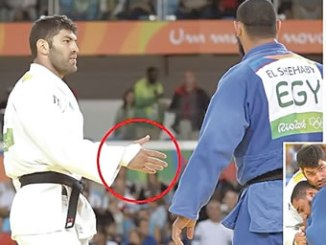 Egyptian El Shehaby (right) refuses to shake hands with his opponent after their bout.