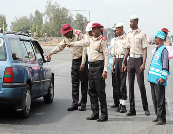Bayelsa: FRSC warns against making phone calls while driving