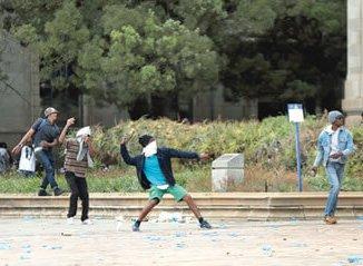 protesting-sa-students2