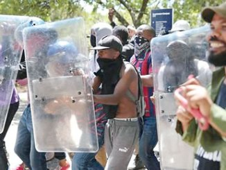 south-africa-student-clash