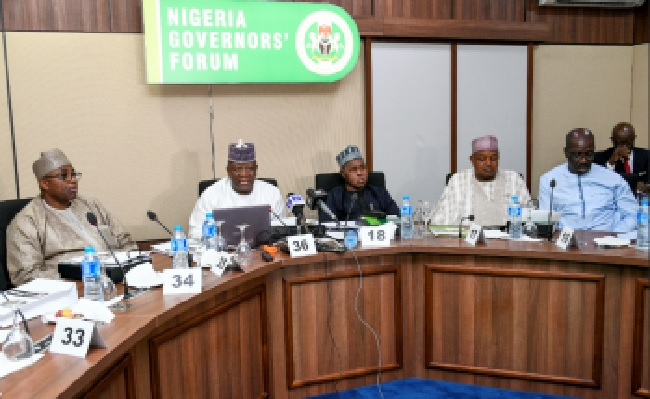Governors Forum holds meeting