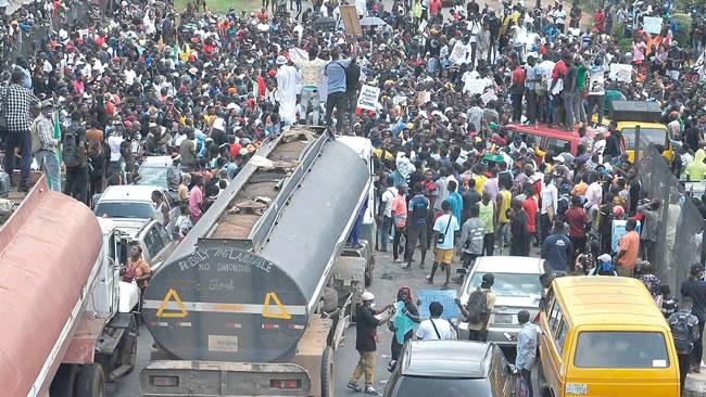 #endSARS protests, political community