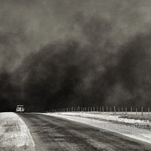 8x10 Photo - 1936 Dust Bowl - Texas Panhandle - Car Trying to Outrun Dust Storm