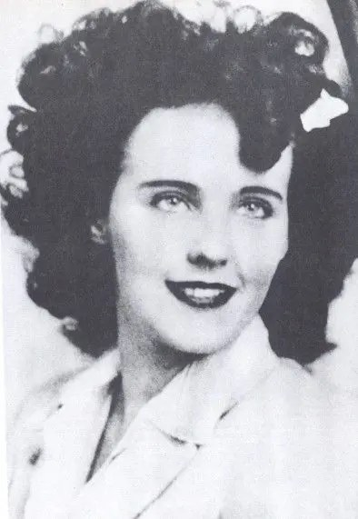 Photo of Elizabeth Short - The Black Dahlia