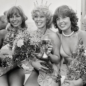 Vintage 1979 Photo – 16-Year-Old 'Miss Beach' Winner with Two Other Beauties