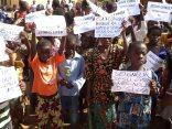Sotouboua-Togo_Prayer-Walk-Nov29-2014-Ebola-27