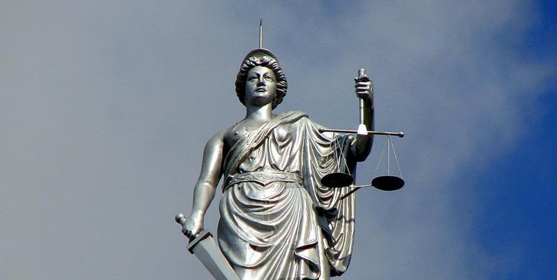 lady_justice_by_burningredrage-d19jjia-001