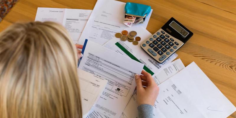 estabilidade-financeira-5-dicas-para-sair-do-sufoco-e-viver-bem