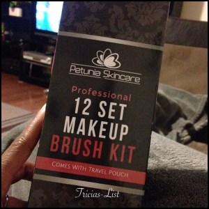 petunia 12 set makeup brush set (1)
