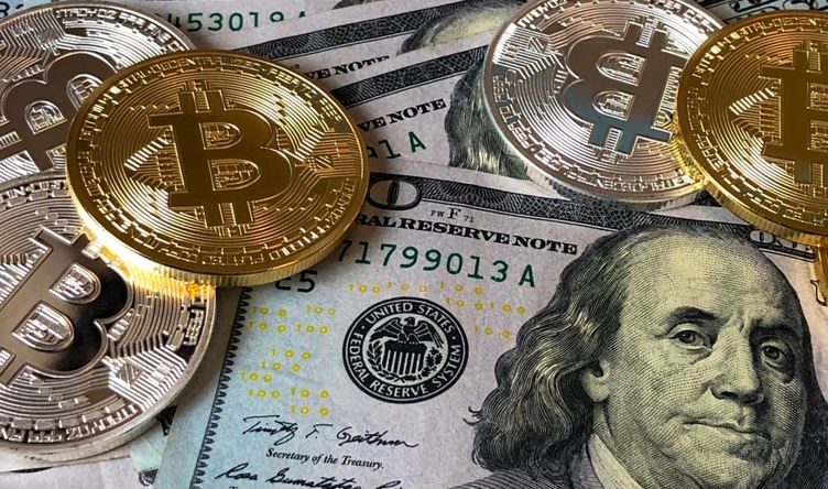 Earn Cryptocurrency Just by Playing Games