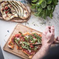 rezept für den perfekten selbstgemachten pizzateig und meine tricky top 5 tipps für eine leckere pizzaparty
