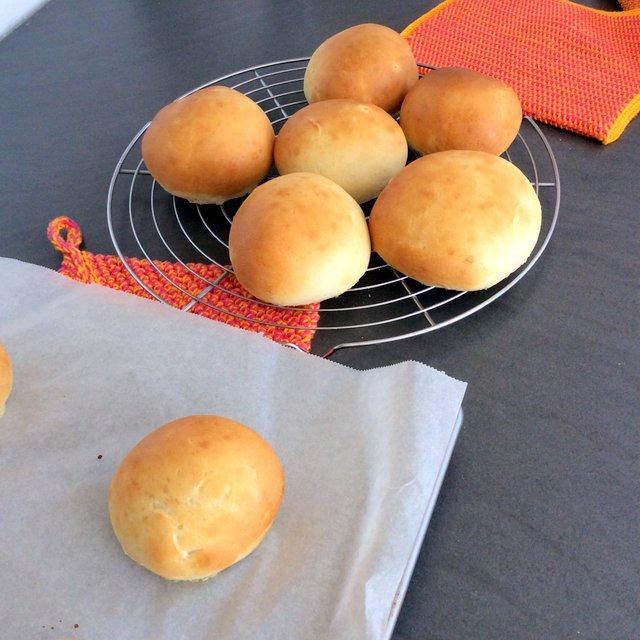 petits pains dorés