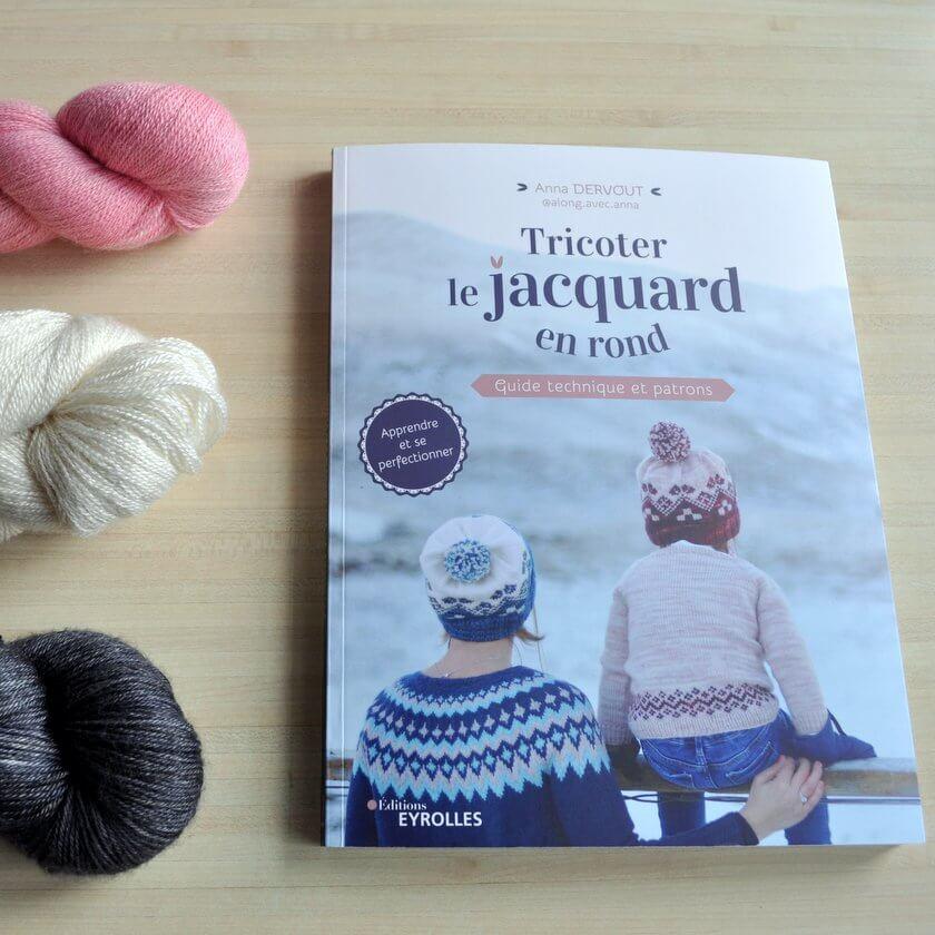Tricoter le jacquard en rond – guide technique et patrons