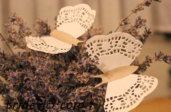 бабочка из салфетки
