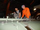 <h5>80 m2 zu malen </h5><p>Nachdem vorwiegend unsere Asylbewerber das Dach gereinigt haben sind sind nun auch am grundieren</p>