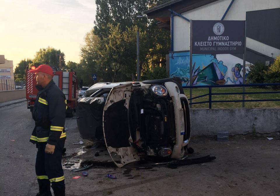 Τρομερό τροχαίο ατύχημα ξημερώματα Κυριακής στα Τρίκαλα