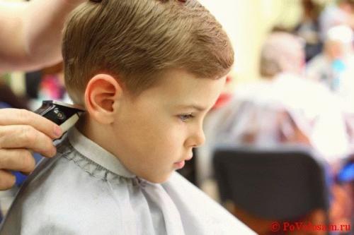 Как подстричь ножницами мальчика – Как подстричь мальчика ...