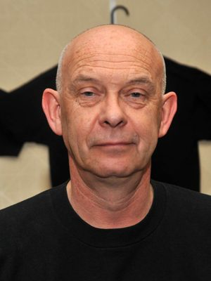 Doug Bradley - Hellraiser: Renascido do Inferno