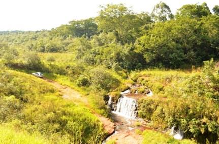 Cachoeira Araruna- Próximo a rodovia