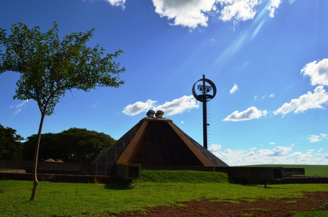 Igreja Subterrânea - Gavião