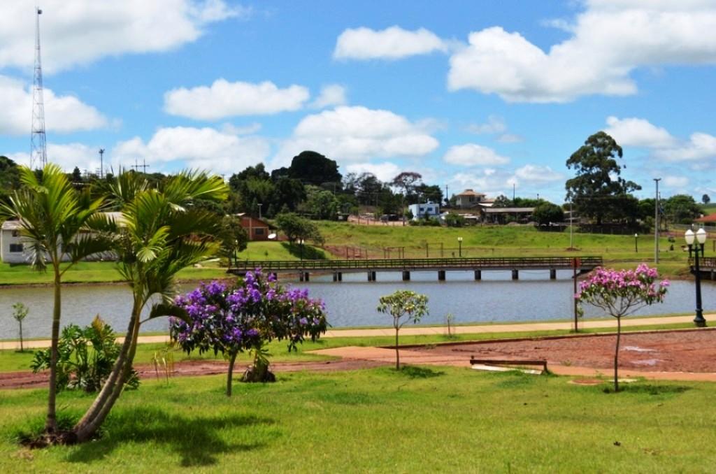Conheça o Parque do Lago de Mamborê