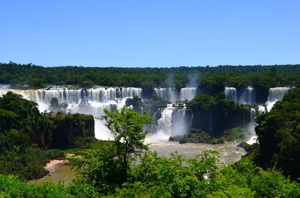 Foz do Iguaçu: entre a Natureza e a Engenharia