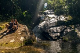 Piscina natural na trilha da Cachoeira do Alcantilado Visconde de Maua