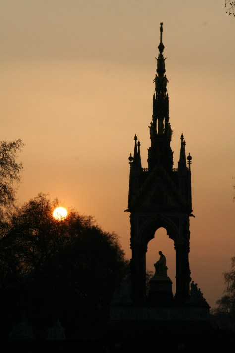 The Albert Memorial i Kensington Gardens