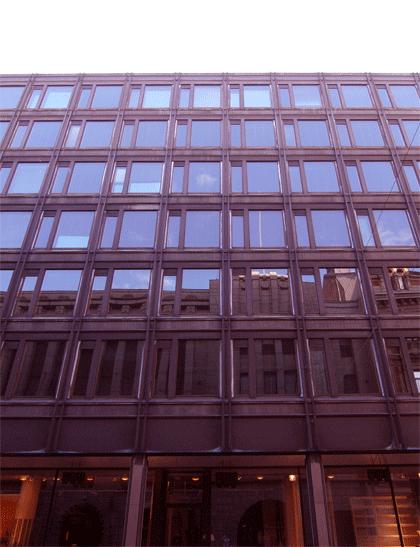 アアルト設計銀行ビル