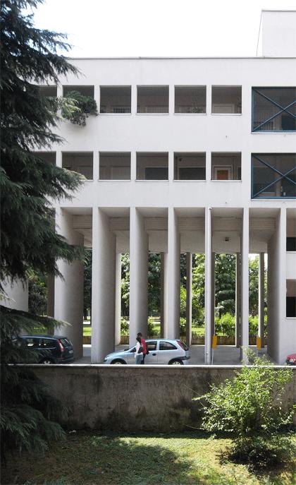 ガララテーゼの集合住宅