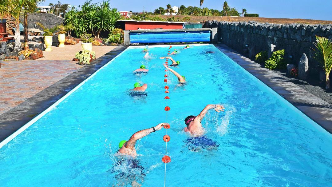Swim Workout: Classic 100s
