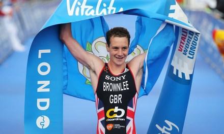 Alistair Brownlee se retira de la Serie Mundial de Triatlón en Leeds con una lesión.