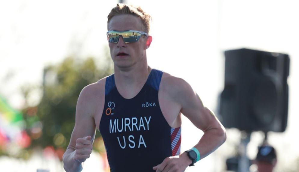 El triatleta Matt Murray gana el título mundial en honor a un amigo recientemente fallecido.