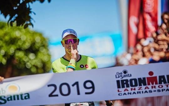 Pierde Van Lierde más de 8 mil 500 calorías para ganar el IM de Lanzarote