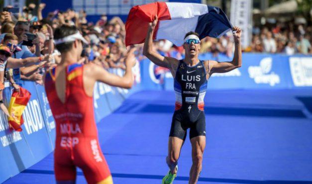 Demuestra Mola que el triatlón es un deporte con rivalidades sanas y solidarias